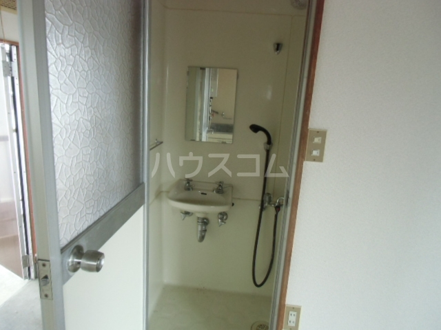 矢場荘 5号室の洗面所