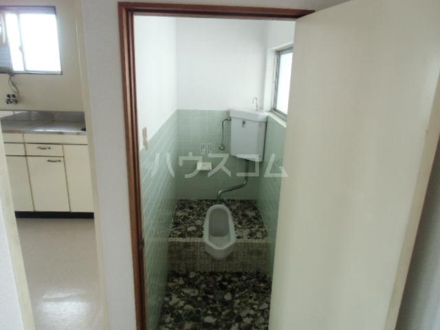 矢場荘 5号室のトイレ