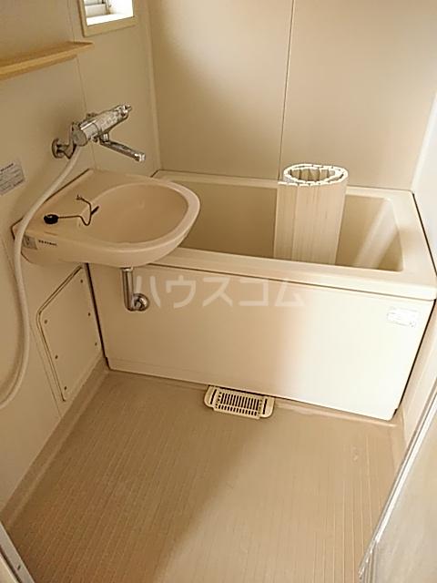 パークサイド駒沢 B-201号室の風呂