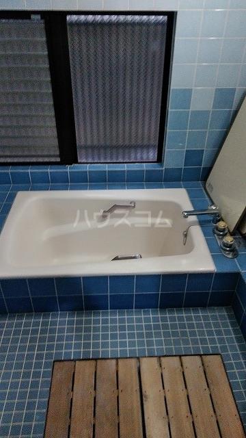 ヴェルディ駒込染井 101号室の風呂
