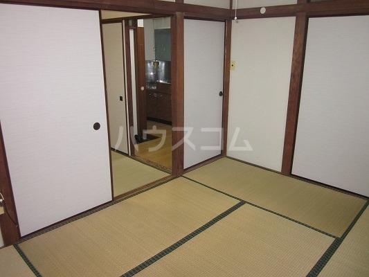 マルフミ荘 202号室の居室