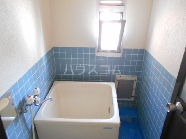 コーポ岡部Ⅰ 301号室の風呂