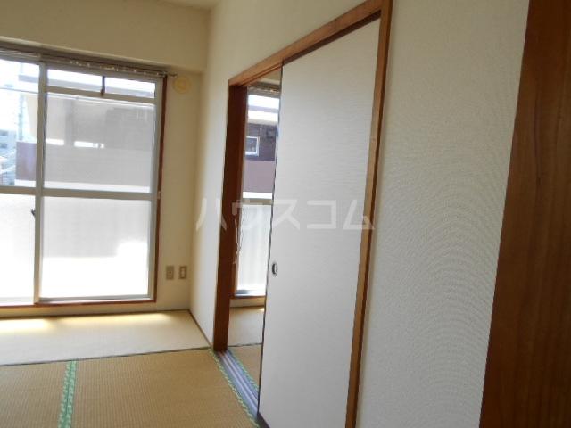 コーポ岡部Ⅰ 301号室のリビング