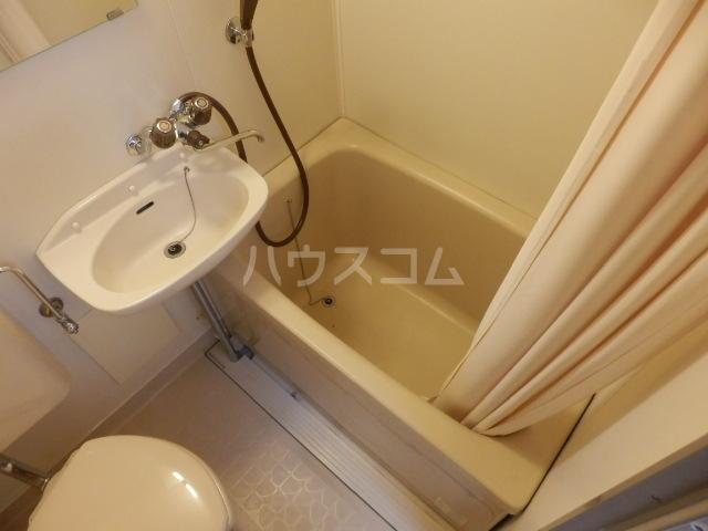 グリーンハイツ 107号室の風呂