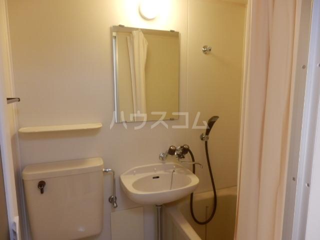 グリーンハイツ 107号室の洗面所