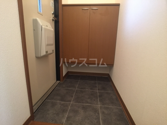 セジュールオリオンA 205号室の玄関