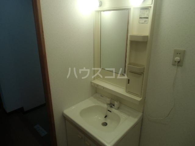 パークサイド雨池 307号室のトイレ