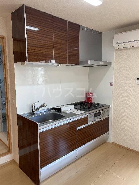 グランチェスタ 201号室のキッチン