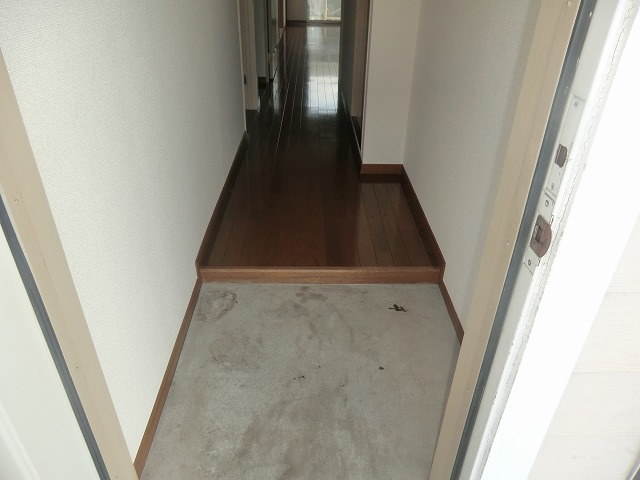 Pear House 105号室の玄関