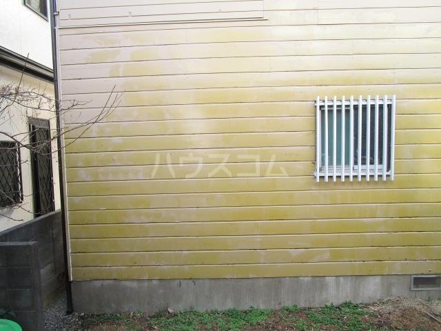 ハイテックⅠ番館 102号室の玄関