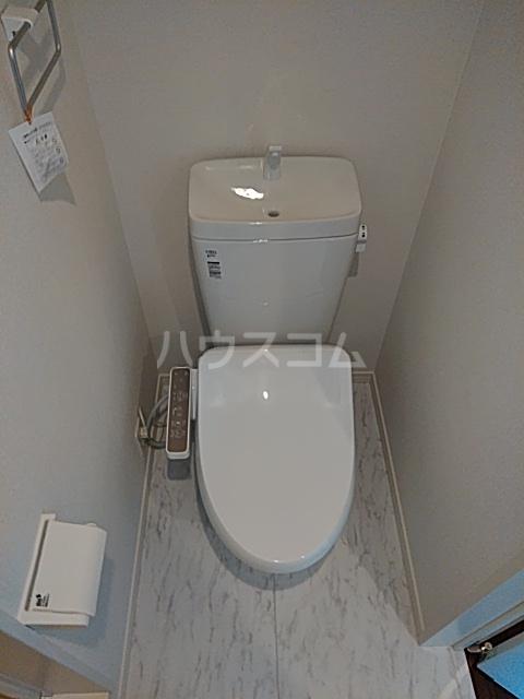 プラージュ鶴間 204号室のトイレ
