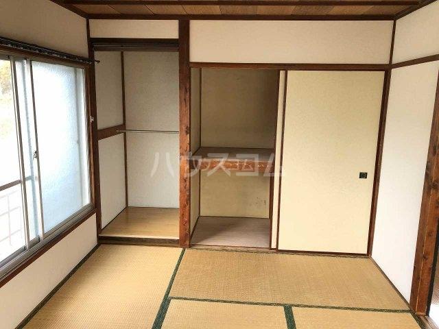 石渡ハウスの居室