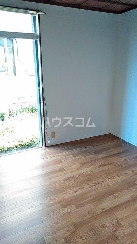 第二金子荘 101号室のリビング