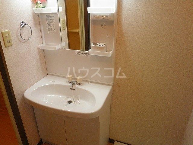 グランメール27 111号室の洗面所