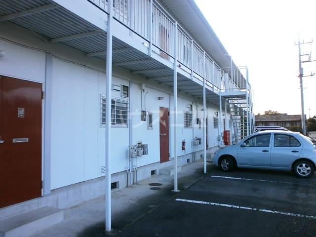 カントリーハイツ 201号室の駐車場