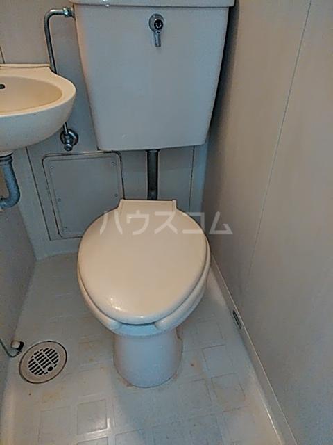 西町ハイツ1 202号室のトイレ