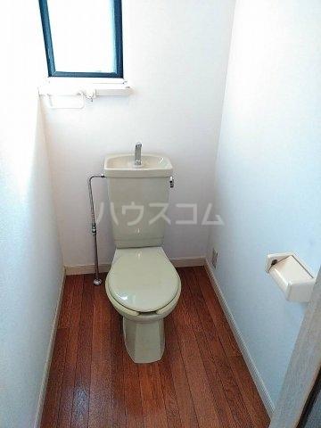 シーサイドパレス 301号室のトイレ