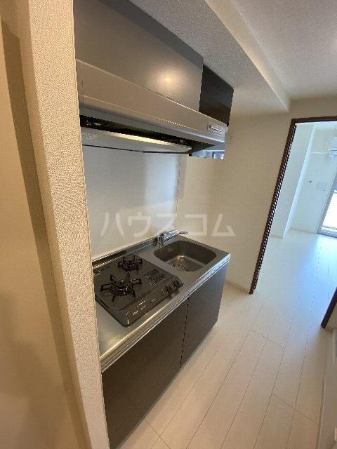 リブリ・アースビル 802号室のキッチン