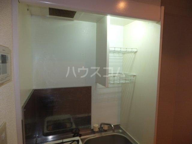 サンハイツ名取Ⅱ 1B号室のキッチン