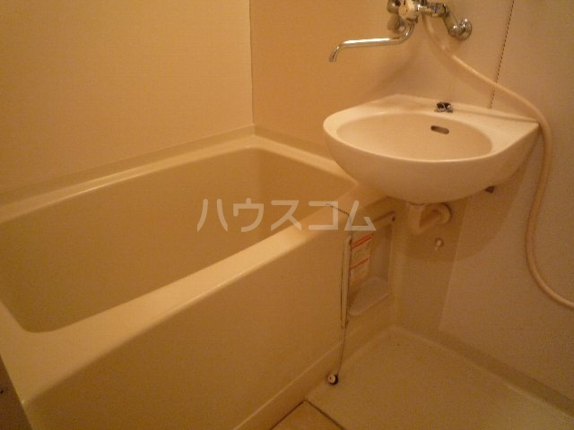 ハーベストマナー 104号室の風呂