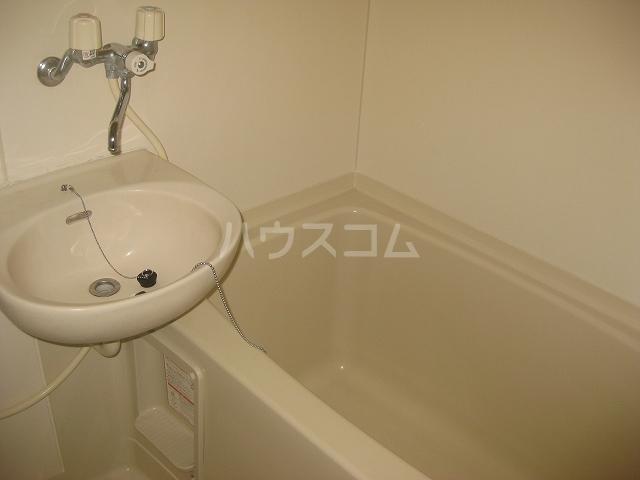 ハーベストマナー 104号室の洗面所