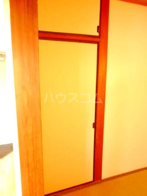 ハウスメモリアルⅠ 101号室の収納