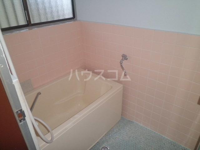 三樹ハイツ島野 105号室のトイレ