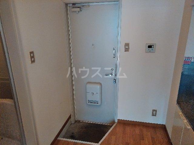 ハイツヤマクラ 202号室の玄関