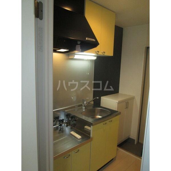 クレフラスト広川A棟 202号室のキッチン