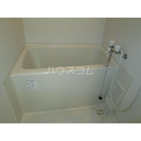 クレフラスト広川A棟 202号室の風呂