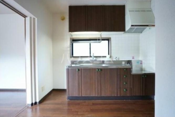 コンフォール桜新町 101号室のキッチン