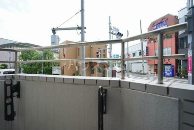 コンフォール桜新町 101号室のバルコニー
