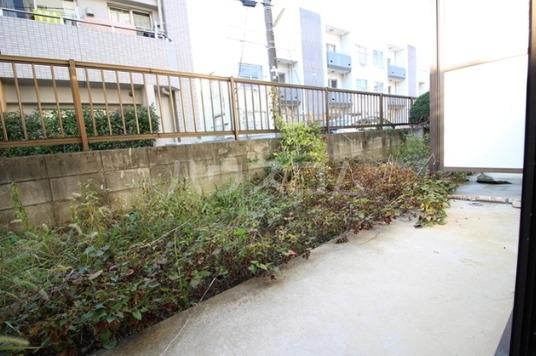 クリーンライトマンション 105号室の庭