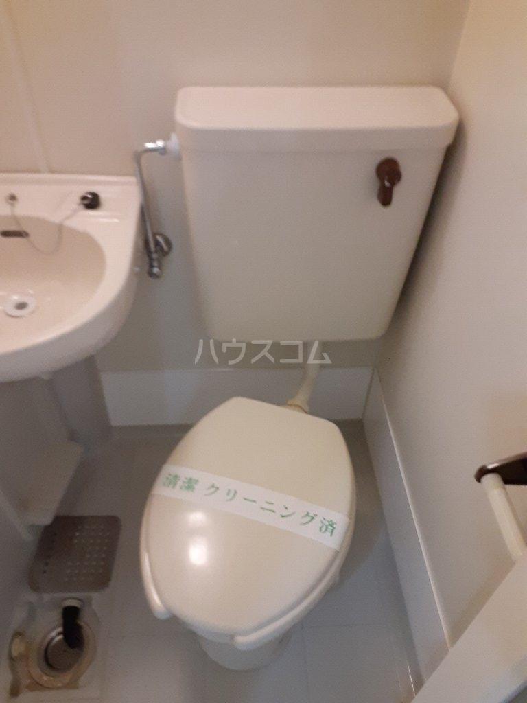 ユーコート武蔵小金井 101号室のエントランス