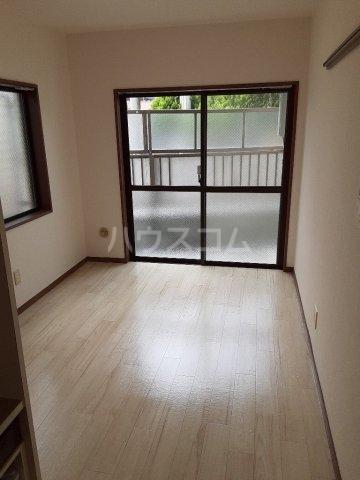 ユーコート武蔵小金井 101号室のキッチン