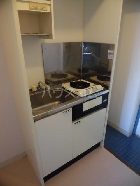ブルネンハイム 405号室のキッチン