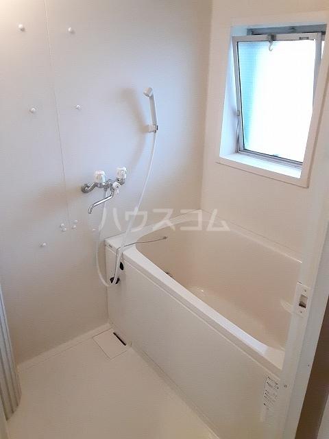 コーポ由利 203号室の風呂