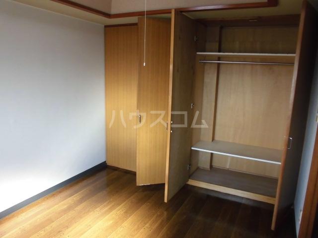 Mハイツ 405号室の収納