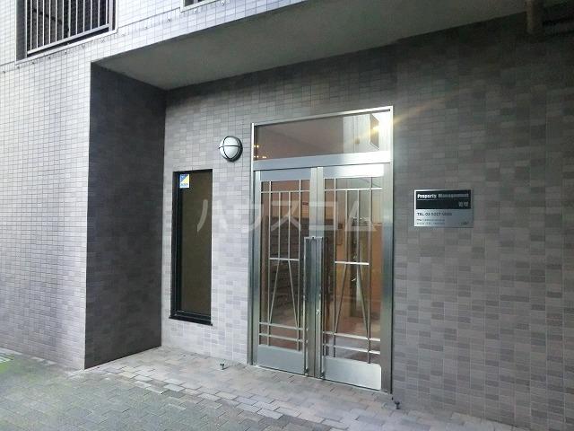 アーバン武蔵小金井 601号室のエントランス