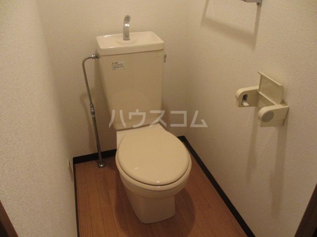 アーバン武蔵小金井 601号室のトイレ