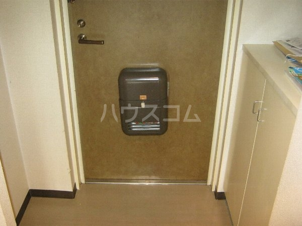 スターハイツ 507号室の玄関