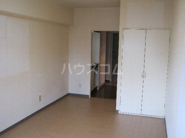 スターハイツ 507号室のベッドルーム