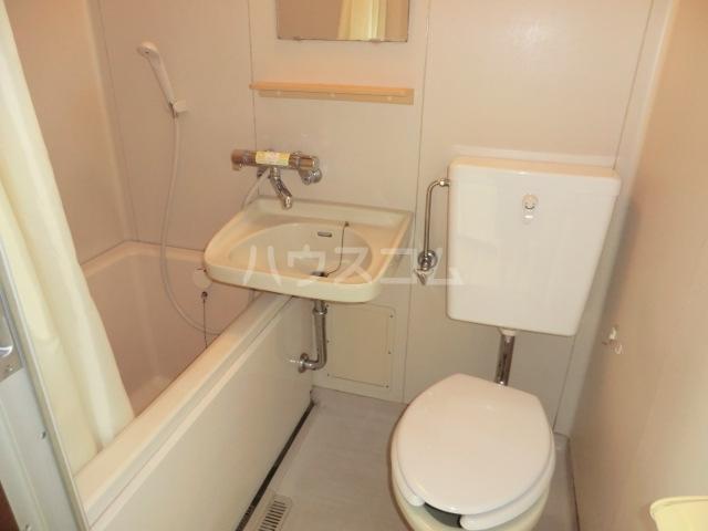コンチェルトハイツA 202号室の風呂
