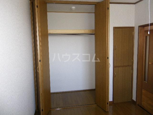 エトワールガレ 202号室の収納