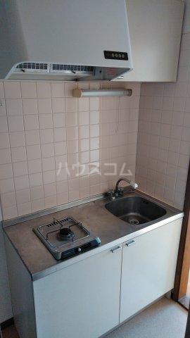 モンシャトー田代 105号室のキッチン