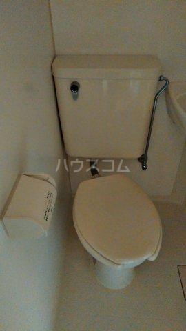モンシャトー田代 105号室のトイレ