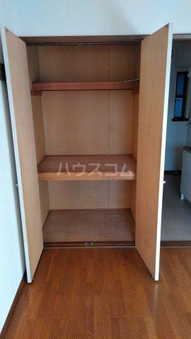 モンシャトー田代 105号室の収納