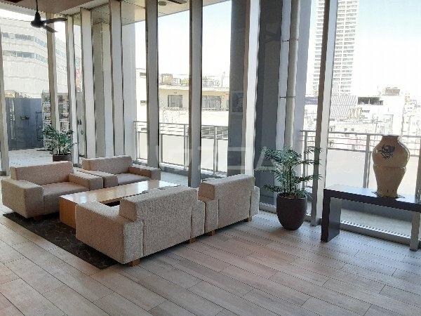サンコリーヌタワー横須賀中央駅前 208号室の収納