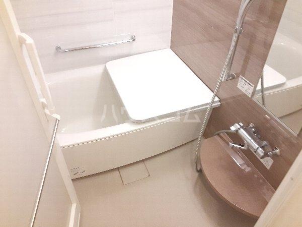 サンコリーヌタワー横須賀中央駅前 208号室の風呂