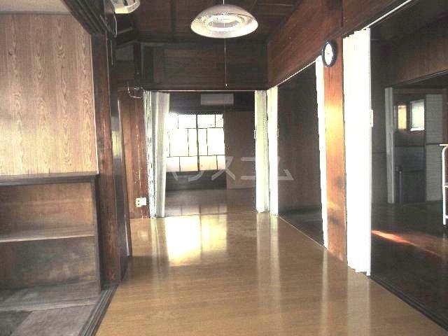 汐入町3-54貸家のエントランス